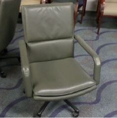 Used Office Chairs & Re-Manufactured Workstations in Hollywood, FL Used Office Chairs, Used Office Furniture, Used Chairs, Pompano Beach, Outdoor Chairs, Outdoor Decor, In Hollywood, Miami, Home Decor