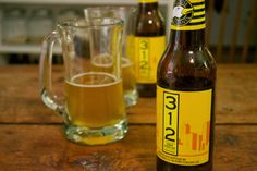 Starving Artist: Beer To Pick Up This Weekend: 312 Urban Wheat Ale by Goose Island