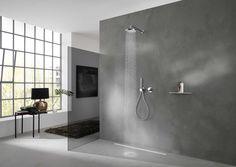 Gebundelde functies en minimalistisch design in de douche met Keuco kranen en douches.