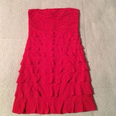 Express Coral strapless dress Only worn twice great used condition! Prefect for a summer wedding/ Bridal Shower etc. Express Dresses Strapless