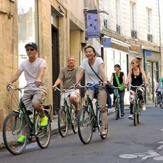 Parisian Day Bike Tour - Charming back streets