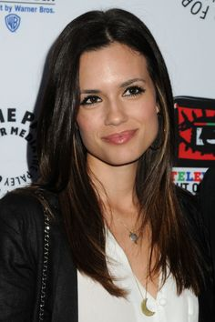 Torrey-DeVitto-attended-TV-Out-of-the-Box-at-Paley-Center-April-12th-2012-torrey-devitto-30537886-600-900.jpg 600×900 pixels