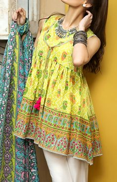 Khaadi spring 2017 vol1 Pakistani Couture, Pakistani Outfits, Indian Outfits, Frock Fashion, Girl Fashion, Kurta Designs, Blouse Designs, Eastern Dresses, Pakistan Fashion