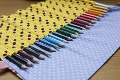 Colored pencil roll tutorial | I would need room for about 40 pencils and maybe a small pocket for a sharpener | Any colors and/or patterns | PZ