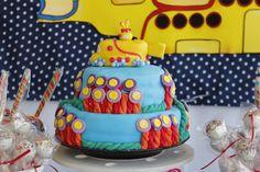 "torta de otro mundo ""submarino amarillo"""