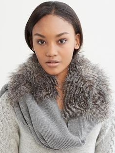 Banana Republic Jules Faux Fur Scarf // black LOVE LOVE LOVE THIS!!