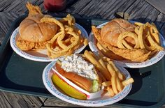 Summer in New England isn't complete without enjoying some deep-fried seafood at a dine-in-the-rough clam shack. Here are picks for the 10 best clam shacks in New England.