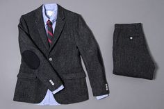 Dapper patched suit jacket with dress shirt and tie. Queer, butch, fashion, outfit, idea