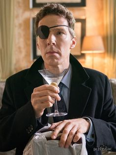 In Patrick Melrose, Benedict Cumberbatch stars in Showtime's adaptation of the Edward St. Sherlock Bbc, Benedict Cumberbatch Sherlock, Martin Freeman, Blythe Danner, Amazon Prime Shows, Hugo Weaving, The Imitation Game, Jeremy Brett, Benedict And Martin