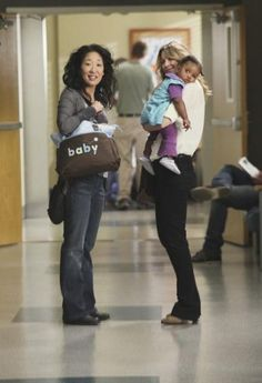 "Grey's Anatomy: ""Free Falling/She's Gone"" - Cristina Yang and Meredith Grey Anatomy Grey, Greys Anatomy Frases, Greys Anatomy Funny, Greys Anatomy Season, Greys Anatomy Cast, Grey Anatomy Quotes, Human Anatomy, Cristina Yang, Meredith And Christina"