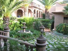Beautiful courtyard and fountain - San Miguel de Allende