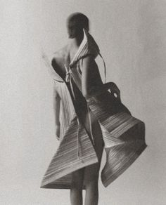 Miyake's Paper Work in Ozon Magazine October 2008 by Yiorgos Mavropoulos