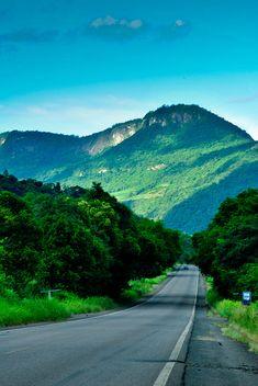 Fantasy Road Trip | Road Trip | Road | Roads | Road photo | on the road | drive | travel | wanderlust | landscape photography | Schomp MINI.