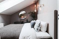 Mind blowing Attic renovation with dormer,Attic bedroom australia and Attic apartment renovation. Loft Room, Bedroom Loft, Dream Bedroom, Home Bedroom, Master Bedroom, Bedroom Ideas, Attic Bedroom Decor, Skylight Bedroom, Attic Playroom