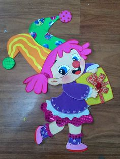 Timestamps DIY night light DIY colorful garland Cool epoxy resin projects Creative and easy crafts Plastic straw reusing ------. Clown Crafts, Circus Crafts, Diy Crafts For Kids, Easy Crafts, Diy Niños Manualidades, Baby Christmas Photos, Birthday Charts, Send In The Clowns, Cartoon Sketches