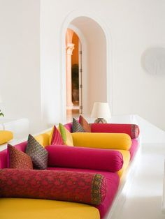 Colorful Moroccan seating area. Cushions on solid rock! #Moroccan #LivingRoom.