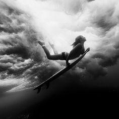 Beautiful duck dive...#surfergirl #surfchicks #surfing