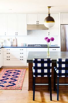 This kitchen is everything: http://www.stylemepretty.com/living/2015/08/12/textile-designer-caitlin-wilsons-colorful-happy-home-tour/ | Photography: Elijah Hoffman - http://elijahhoffman.com/