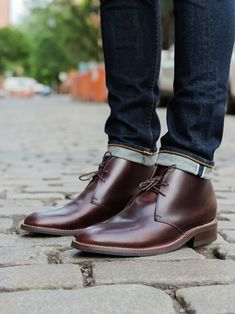 The chukka for a new generation. Blending classic British style with our own American aesthetic to be more durable and versatile. This is a chukka that can live up to the demands of long days year round.