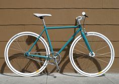 San Francisco's Mission Bicycle Company builds custom order bicycles. even though i'm not extremely keen on fixed gear bicycles (especially in san fran...) there's something so nice in their simplicity. i want this one. bad.