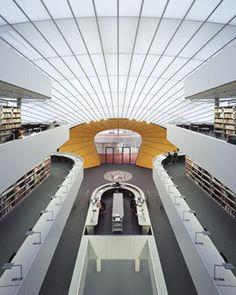 Eingang **Philologische Bibliothek der Freien Universität Berlin, Photo Feliz Krumbholz, www.krunbhilz.com