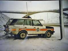 Police Vehicles, Emergency Vehicles, Military Vehicles, British Police Cars, Old Police Cars, Manchester Police, Cops And Robbers, Range Rover Classic, 4x4