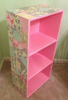 A Little Bolt of Life: DIY Decoupage Bookcase - Fun for Taylor to do for the girls room!Not pink of course but great way to revamp those funky bookcases: DIY Decoupage BookcaseMaybe for my classroom in a green and blue pattern: DIY Decoupage Bookcase Furniture Makeover, Diy Furniture, Bedroom Furniture, Decopage Furniture, Furniture Projects, Diy Casa, Cardboard Crafts, Little Girl Rooms, Diy Storage