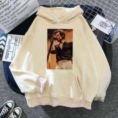 397 Harry Styles Sweatshirt, Harry Styles Merch, Harry Potter Shirts, One Direction Merch, Simpsons T Shirt, T Shirt Photo, Family Shirts, Hoodies, Sweatshirts