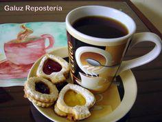 Para una tarde de inspiración y buena charla, nada mejor que un buen café y galletas de Galuz Repostería.