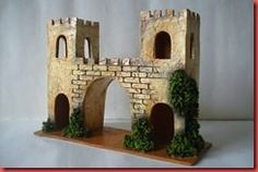 "Artesanías ""Luis"": LA ENTRADA Christmas Crib Ideas, Christmas Nativity, Christmas Decorations, Castle Crafts, Kids Castle, Warhammer Terrain, Cd Crafts, Ceramic Houses, Miniature Houses"