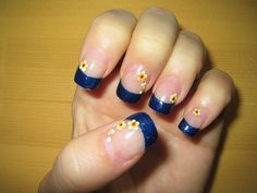 Dark blue tips with multi-yellow flowers - Nail Art