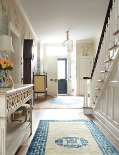 Pretty Entry    Haus and Home: Suellen Gregory