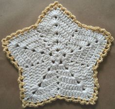 "Free pattern for ""Christmas Star Dishcloth""!"