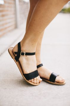 Step into summer with this adorable sandal! We love how they can be a casual or dressy shoe! Perfect for any outfit.