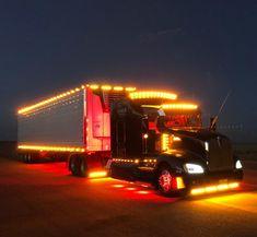 Show Trucks, Big Trucks, Semi Trailer Truck, Cool Picks, Kenworth Trucks, Air Ride, Diesel Trucks, Custom Trucks, Rigs