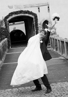 Moderne lockere Hochzeitsfotos