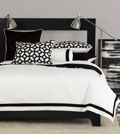 Brilliant Black and White Stripped Comforter