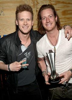 Brian Kelley of Florida-Georgia Line, the winners of the ACM Awards Vocal Duo of the Year, wore a cuff from the new Frontier™ Collection and a Meteorite signet ring. #DavidYurman #Men #MensJewelry 176 Broadway, NYC 212-732-0890 hi Kaitlin