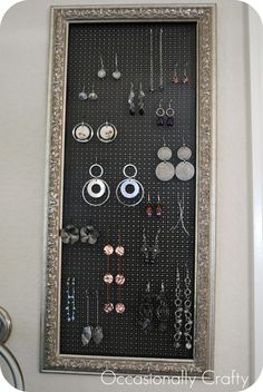 Occasionally Crafty: Thrifted Frame to Earring Holder