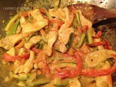 Petto di pollo al curry con verdure