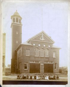 The former Detroit Fire Department engine and ladder 22 firehouse on Michigan…