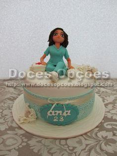 Doces Opções: Bolo 23º aniversário enfermeira Ana