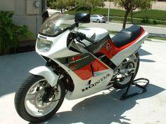 1988 VFR 400 R