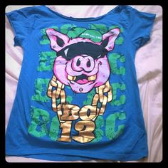 """Brokencyde Band Tee- Custom cut BC13- Brokencyde Band Tee- adult size Small. Back says """"GET OUT MY GRIZZLE"""". Neck and sleeves have been cut for a more girly look- no tags. In great condition, band tees were very well taken care of. Hot Topic Tops Tees - Short Sleeve"""