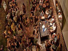 Alguns dos melhores percussionistas do Rio de Janeiro estão no Trapiche Gamboa três terças-feiras por mês. Cada encontro tem um convidado especial. Dia 11 de fevereiro é o veterano Mestre Trambique, que desde os anos 60 toca com a fina flor da música brasileira. O evento tem início às 20h e a entrada custa R$15.