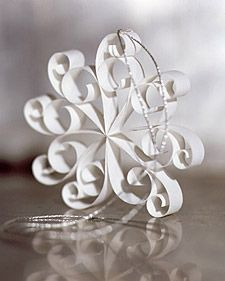 Quilled snowflakes, cool Xmas decorations