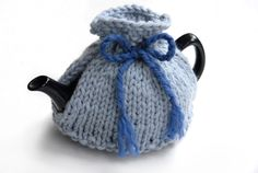 knitted-tea-cosy free knitting pattern