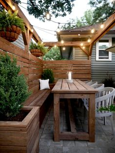 Eyesore to Outdoor Oasis: Backyard Patio Reveal - Sima Spaces Small Backyard Patio, Backyard Seating, Backyard Patio Designs, Back Patio, Oasis Backyard, Backyard Fences, Patio Ideas, Back Yard Oasis, Deck Bench Seating