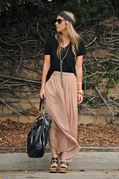*maxi skirt + maxi necklace