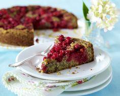 Unser beliebtes Rezept für Mohnkuchen mit Johannisbeeren und mehr als 55.000 weitere kostenlose Rezepte auf LECKER.de.